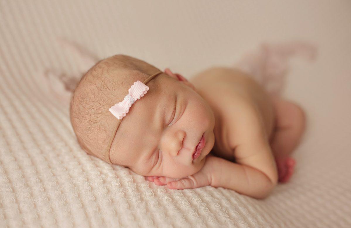 NEWBORN BABY GIRL KATE ANN   ENTER BABY NUMBER THREE   ORLANDO STONEYBROOK FL NEWBORN PHOTOGRAPHER   MICHELLE SPERRY PHOTOGRAPHY